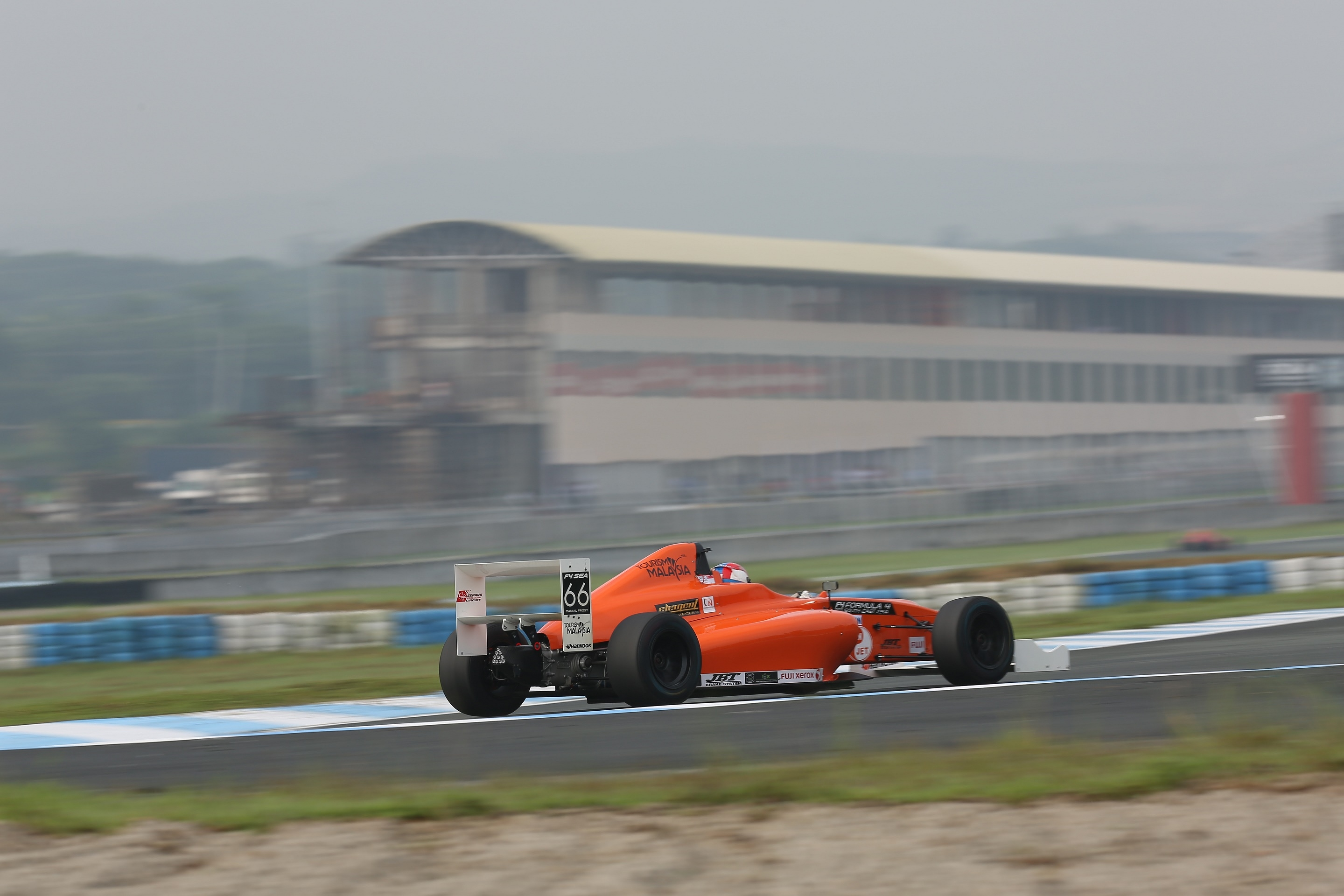 Thai New Year challenge for F4/SEA young drivers at Chang